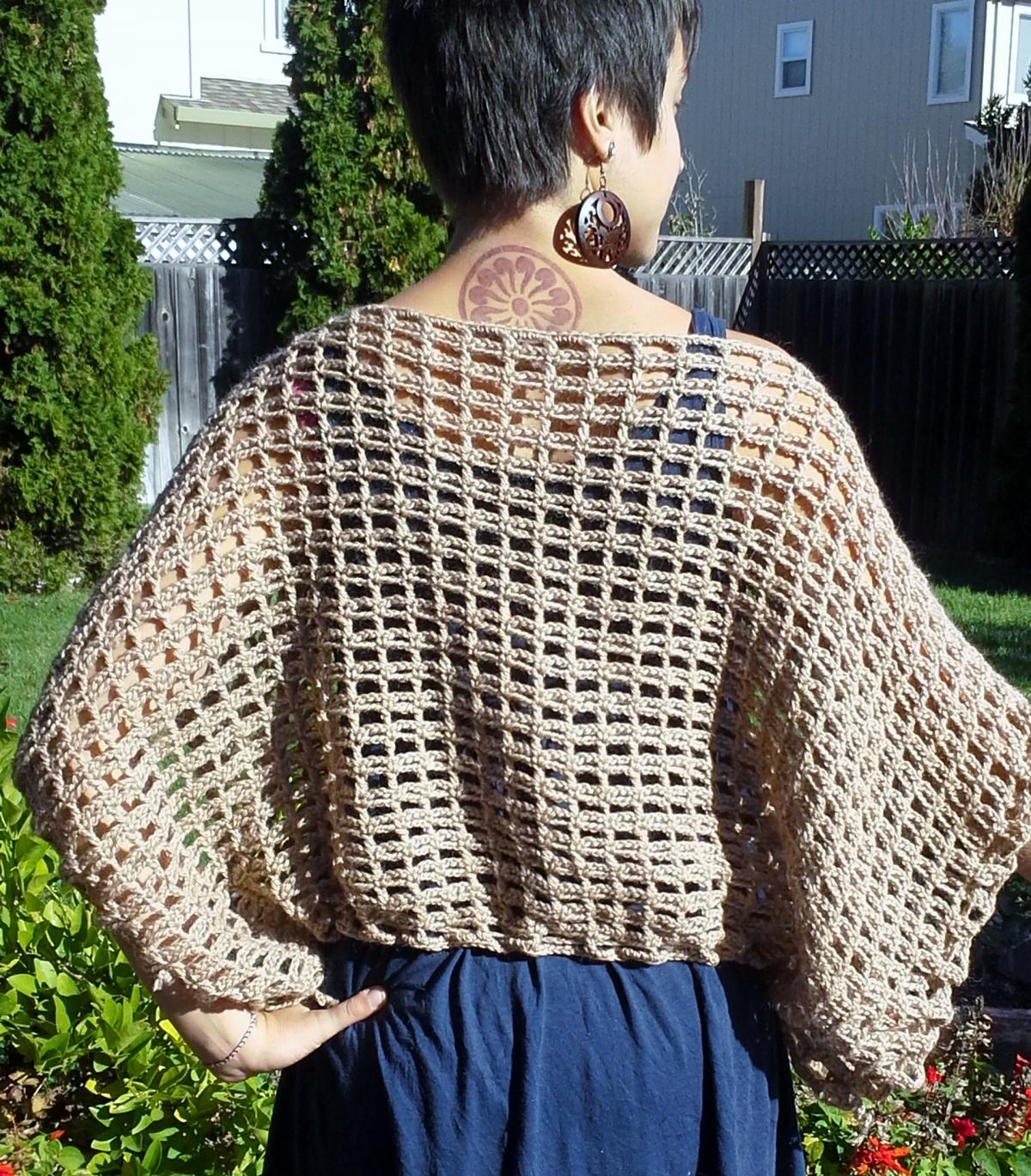 Free Crochet Pattern Mens Poncho : PDF CROCHET PATTERN The Not-A-Poncho Top on Luulla